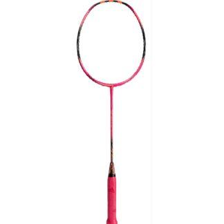 Badminton-ketcher. Rød med orange stafferinger. Rødt håndtag.